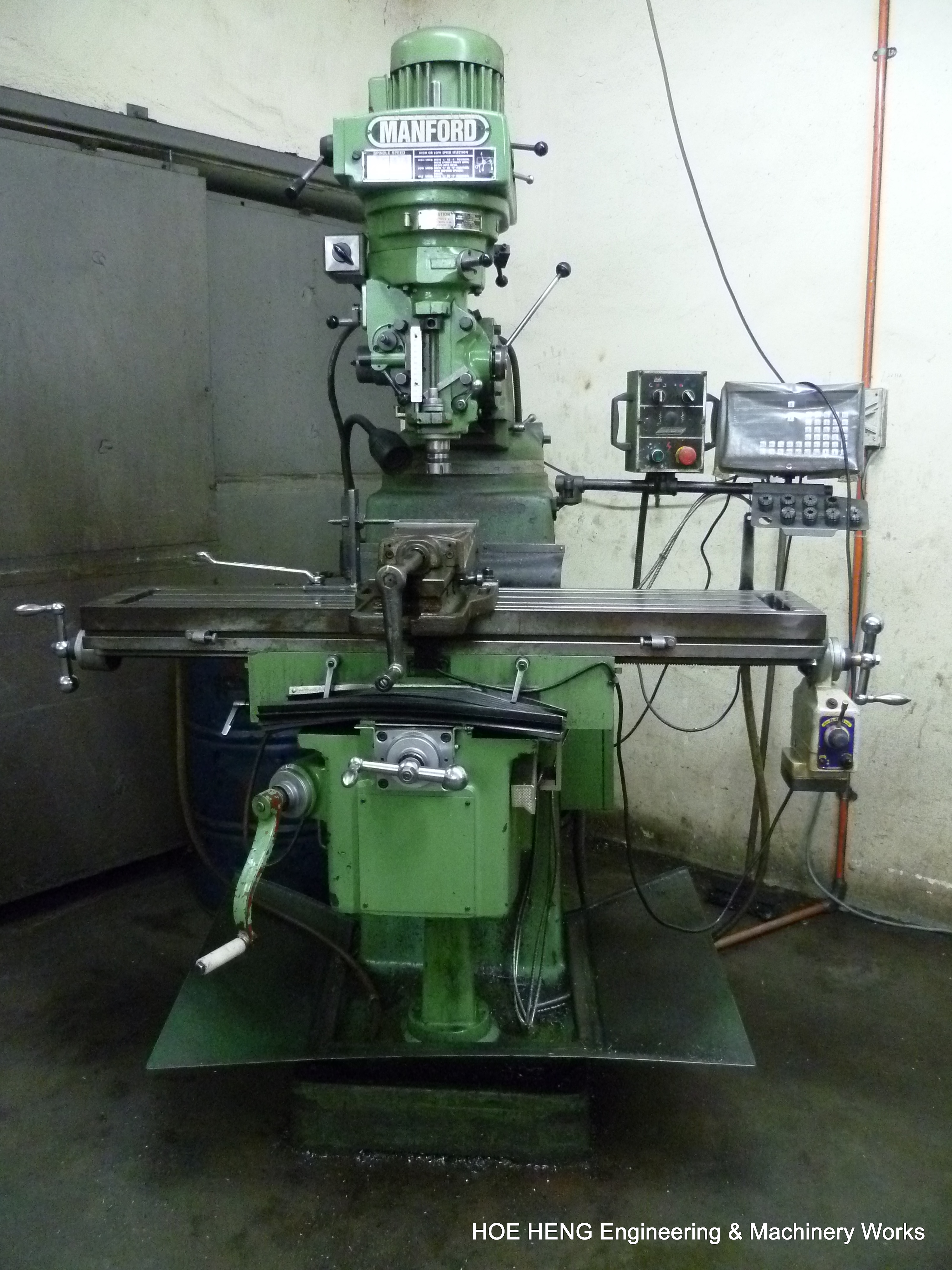 Conventional Milling Machine : Facilities and equipments